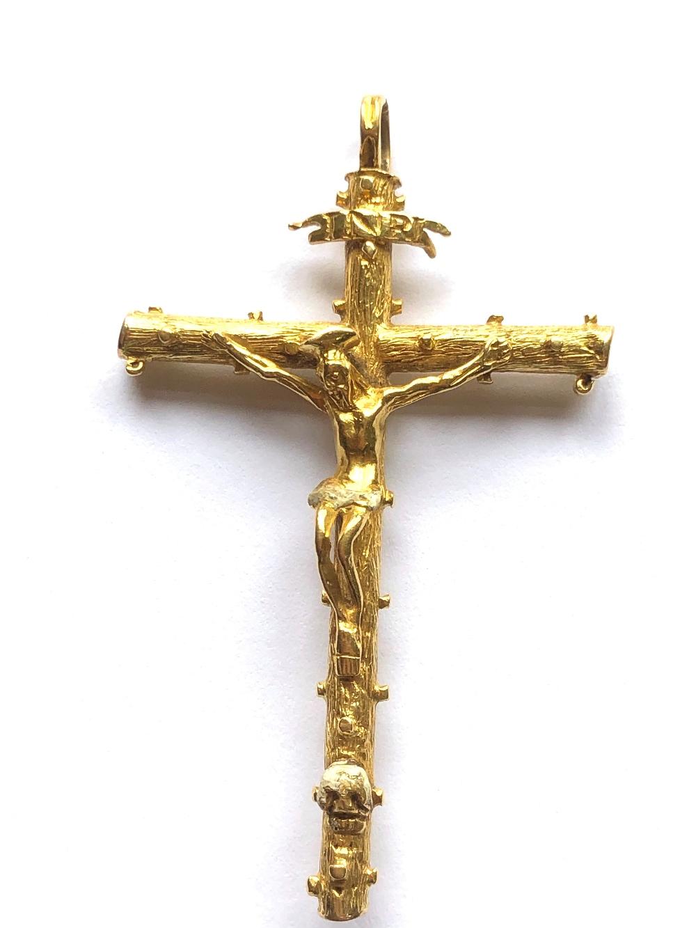 Lot 30 - NO ONLINE BIDDING LOTS 1-30. C17th cruciform pendant, probably Spanish (receipt Christies)