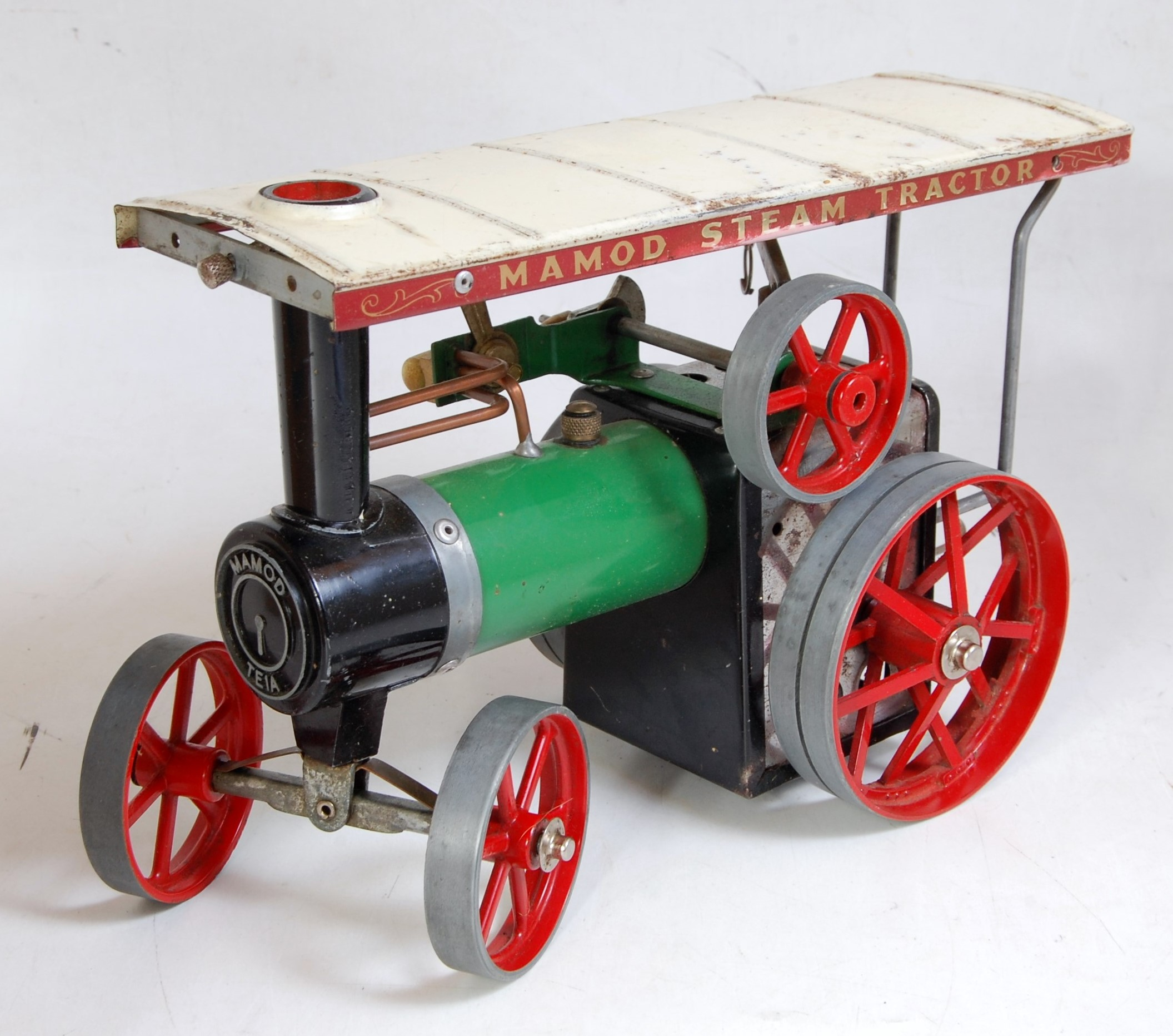 Lot 18 - A Mamod TE1A traction engine of usual specification, with original burner and steering rod (