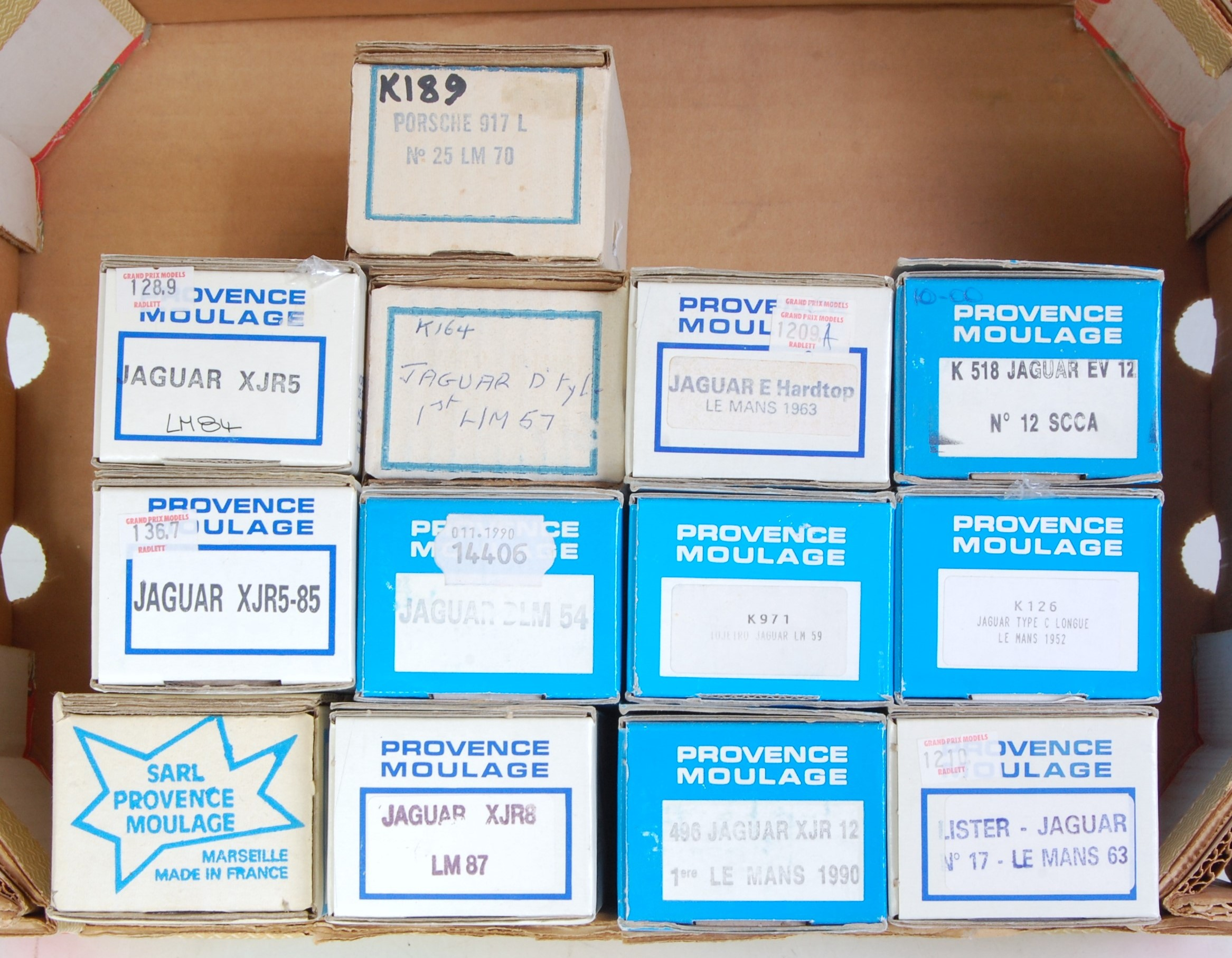 Lot 1572 - 13 various boxed Provence Moulage 1/43 scale resin and white metal classic car kits to include a