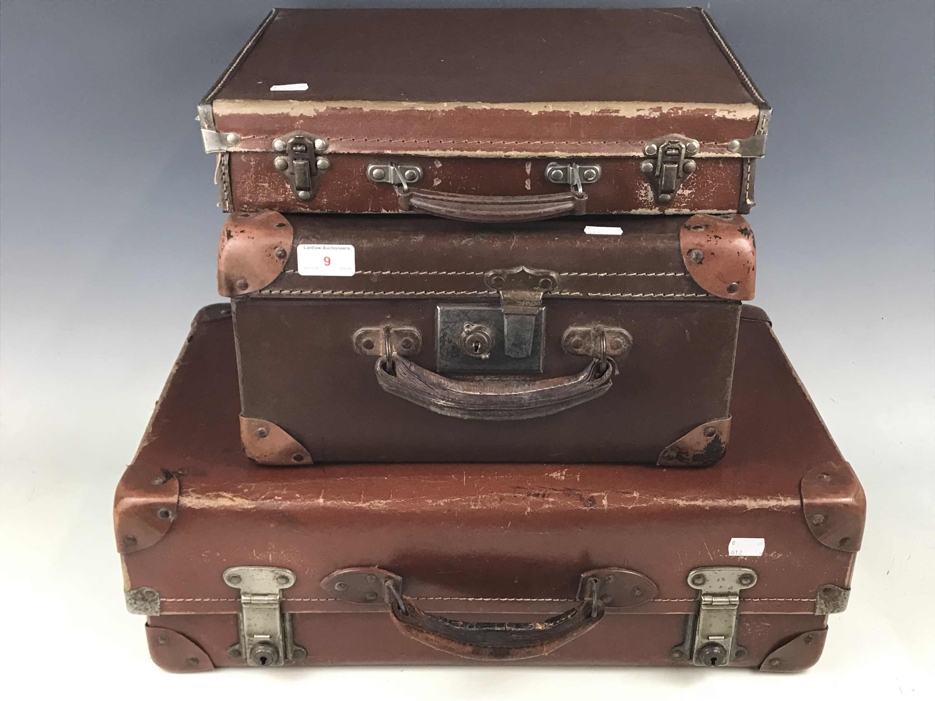 Lot 9 - Three vintage cases