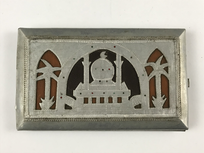 Lot 6 - A Second World War North African theatre Italian prisoner-of-war work aluminium cigarette case