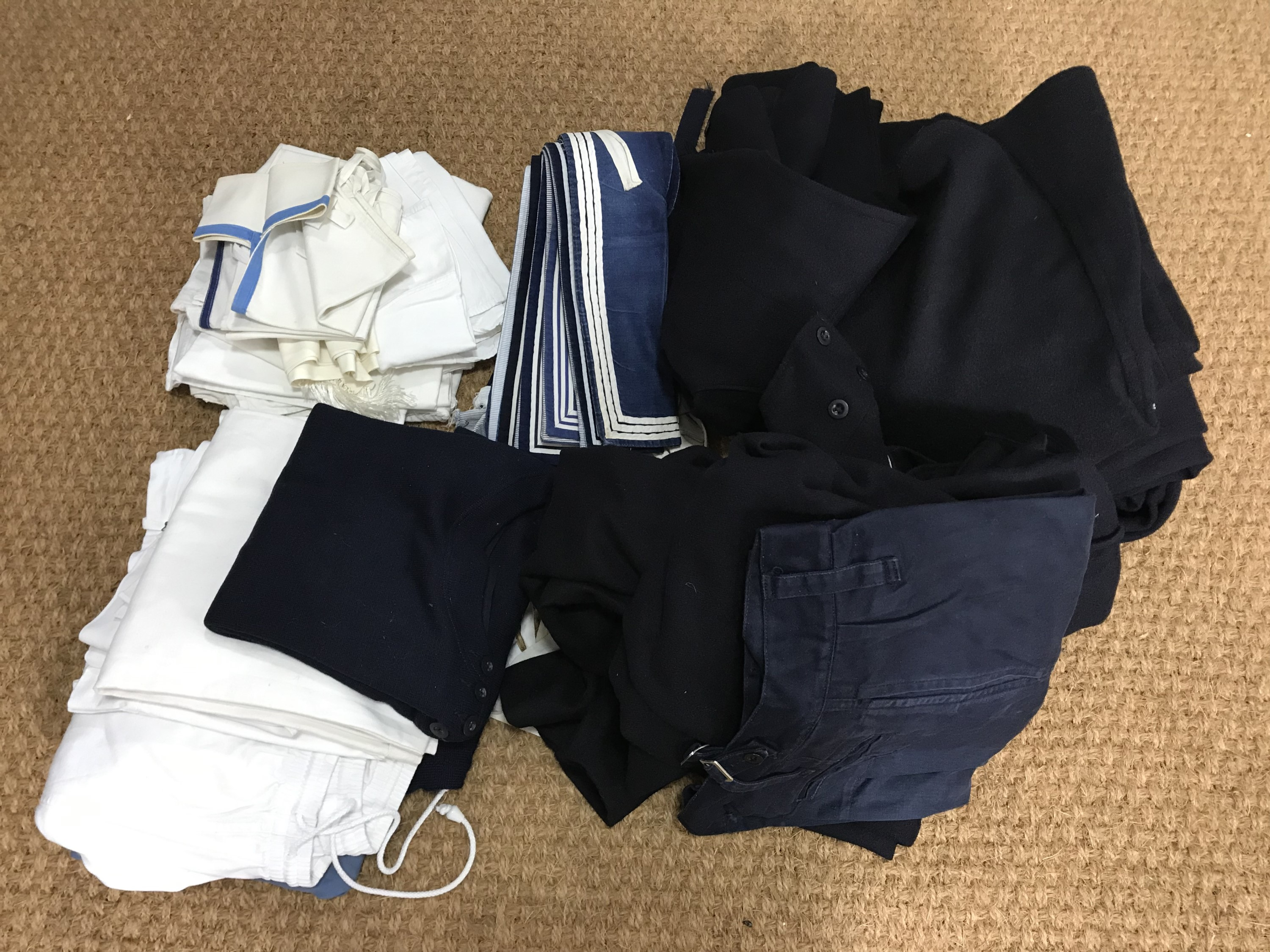 Lot 44 - A quantity of largely post-War Royal Navy clothing