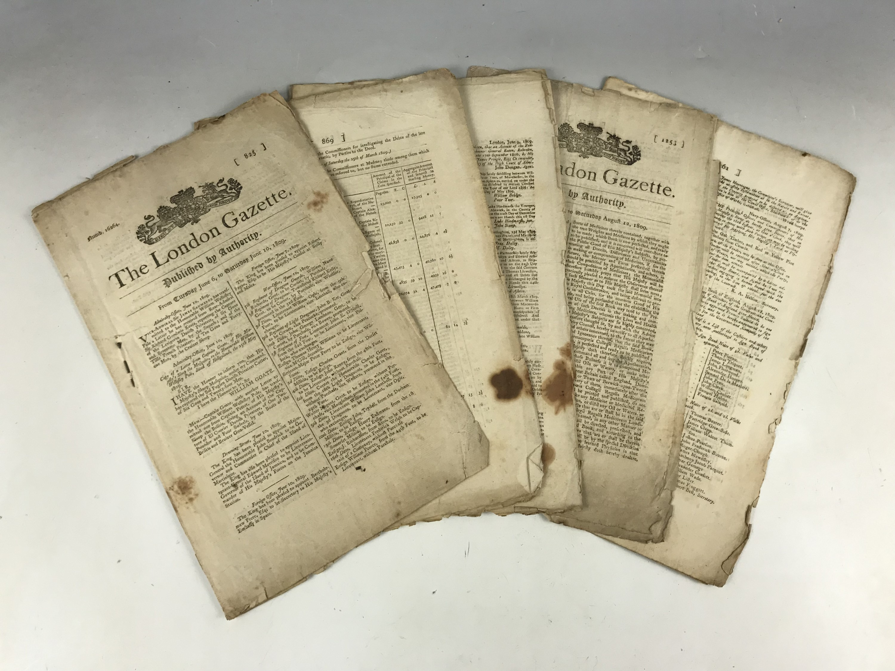 Lot 25 - London Gazettes of 1809