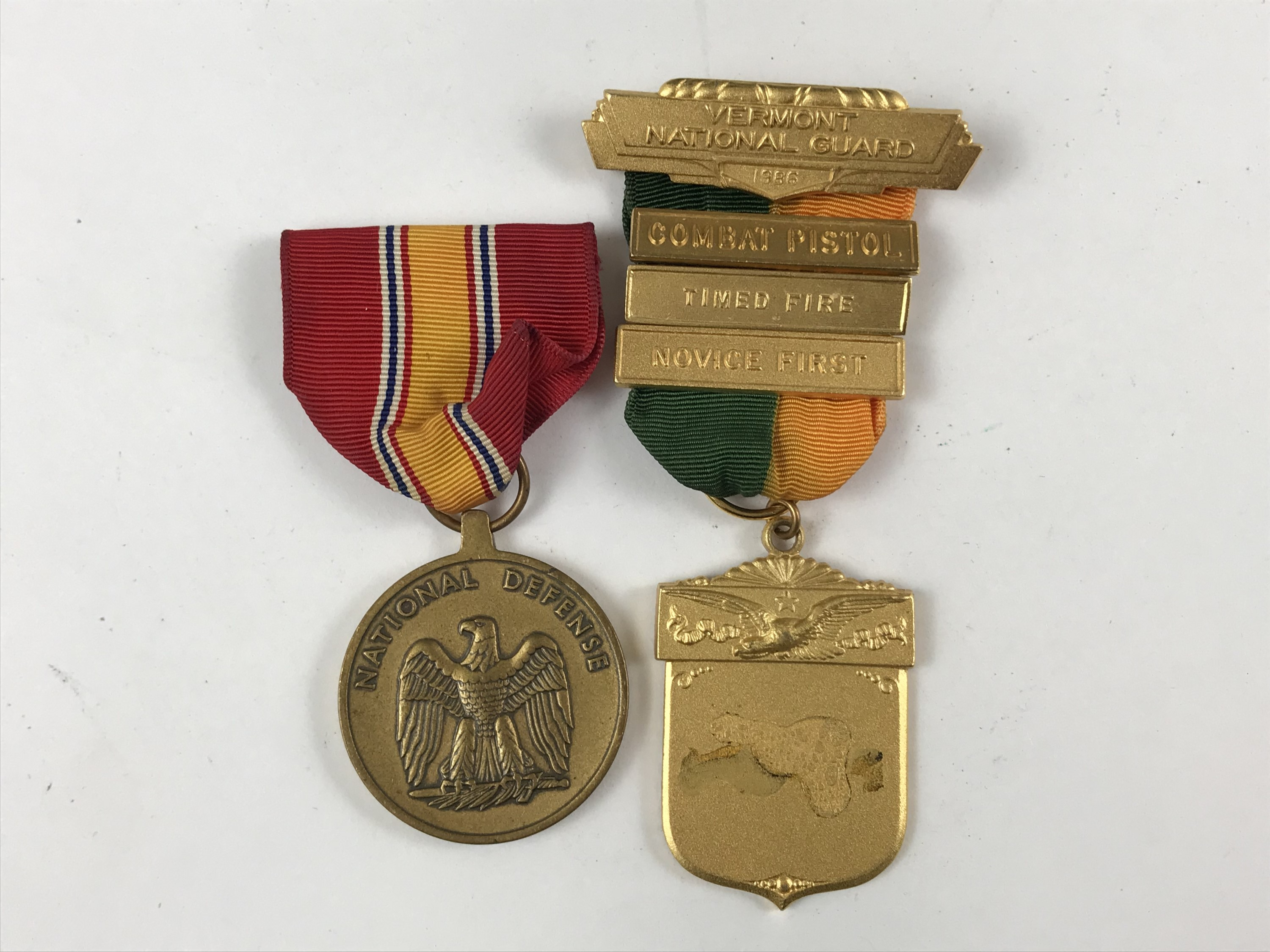 Lot 3 - An American National Defence medal together with a Vermont National Guard medal
