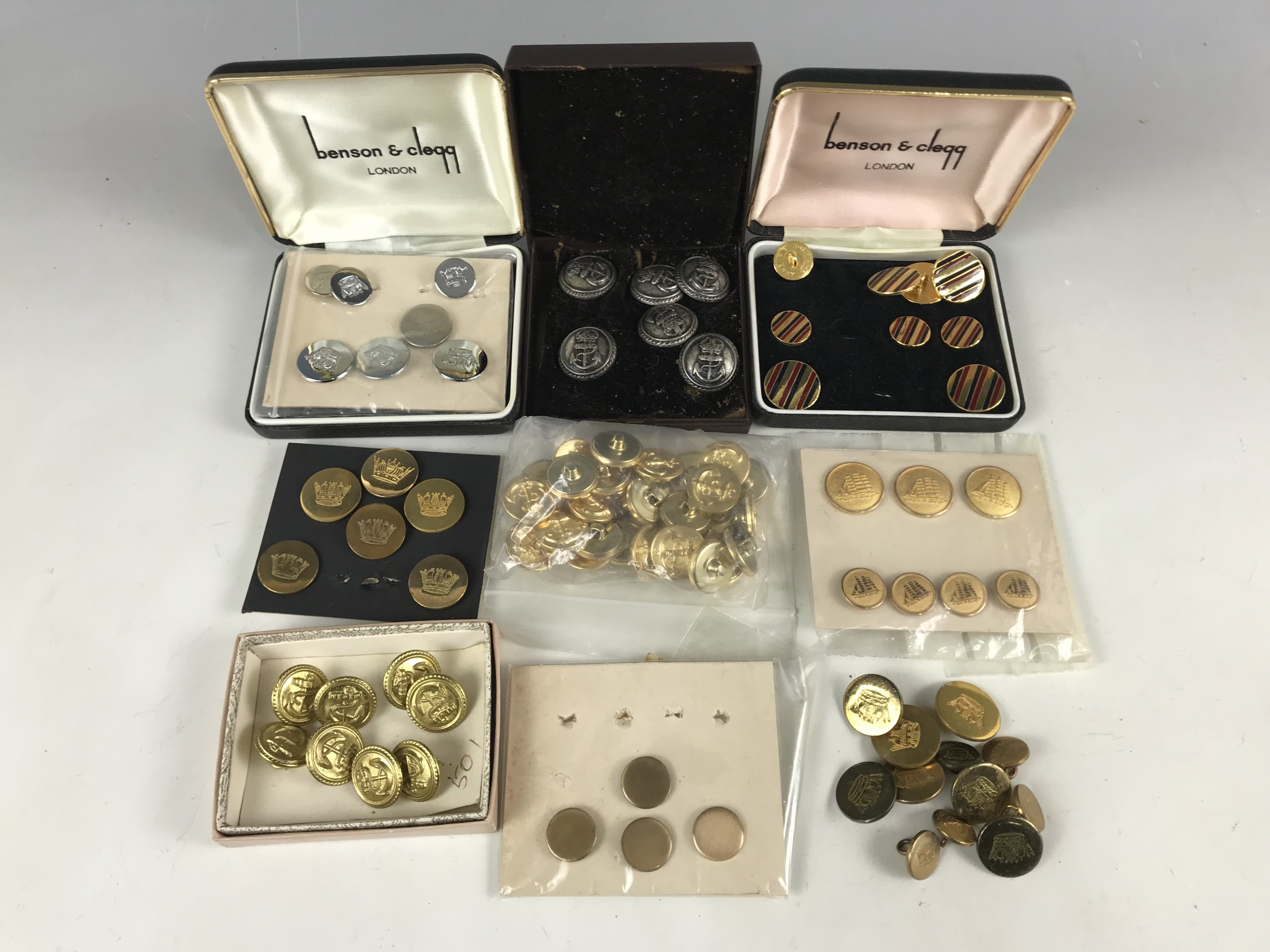 Lot 36 - A quantity of cased sets and other Royal Navy / blazer buttons