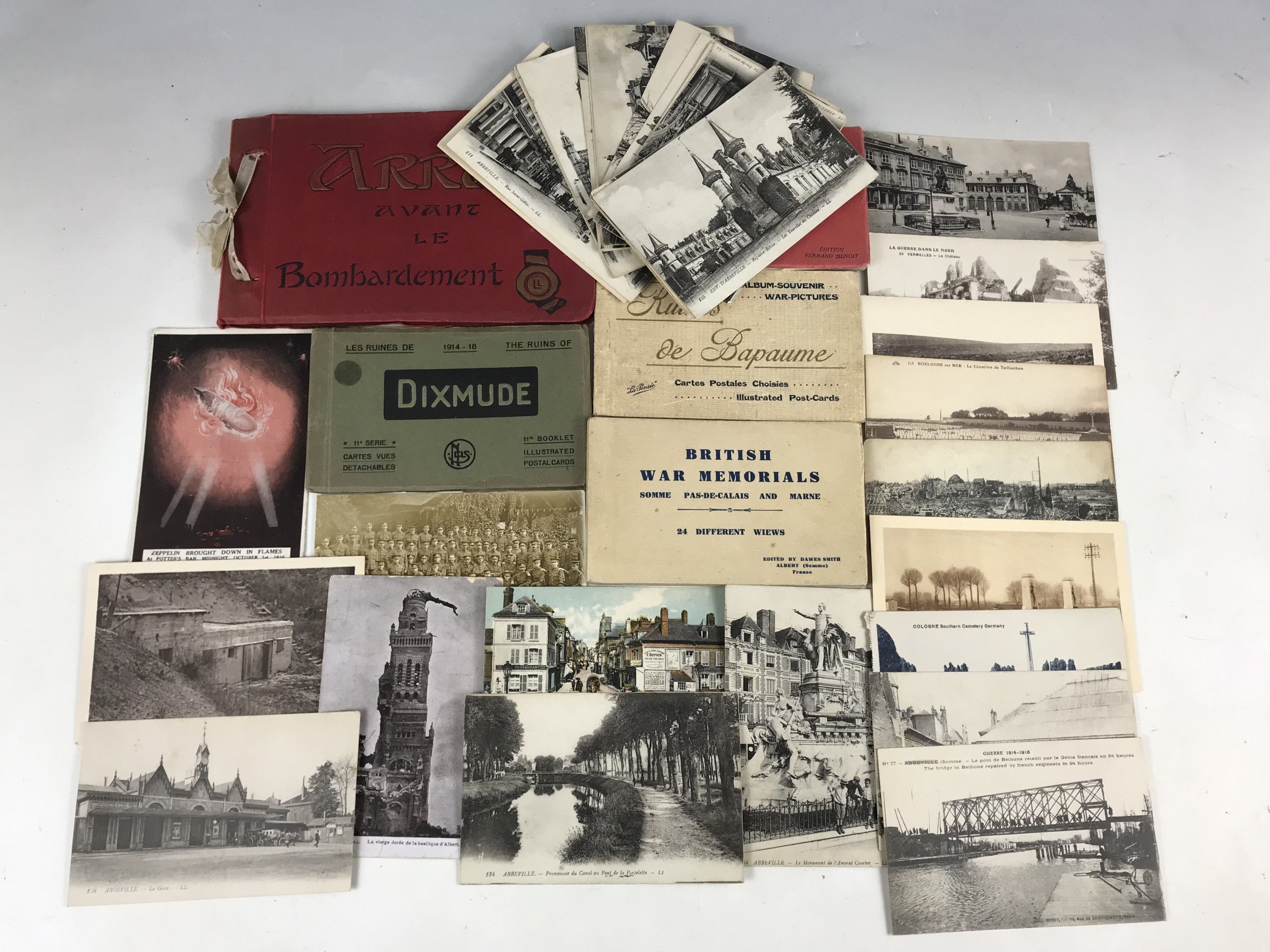 Lot 24 - Great War postcards and photo-card books depicting the battlefields and War Memorials of France