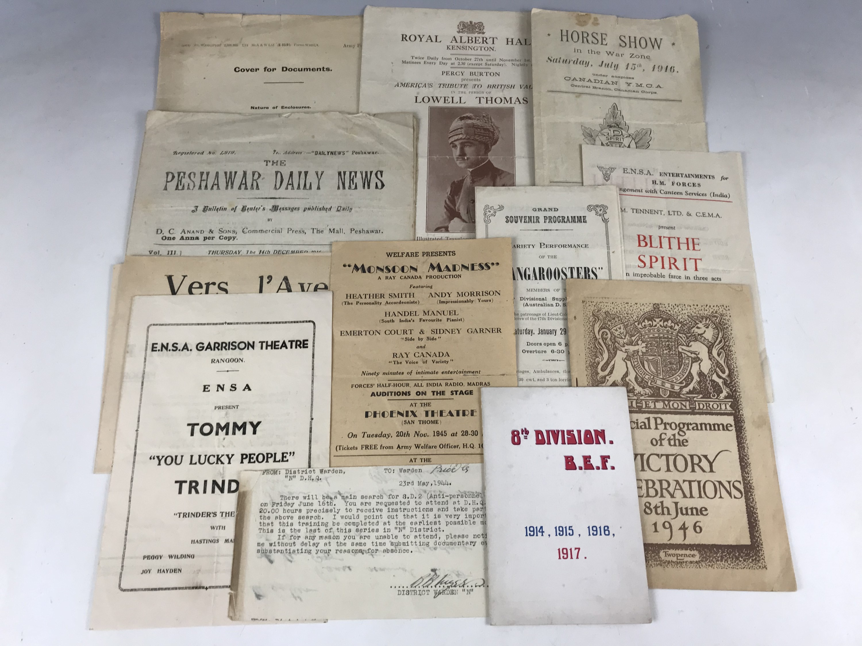 Lot 40 - A quantity of Great War and Second World War ephemera including unit greetings cards, ENSA
