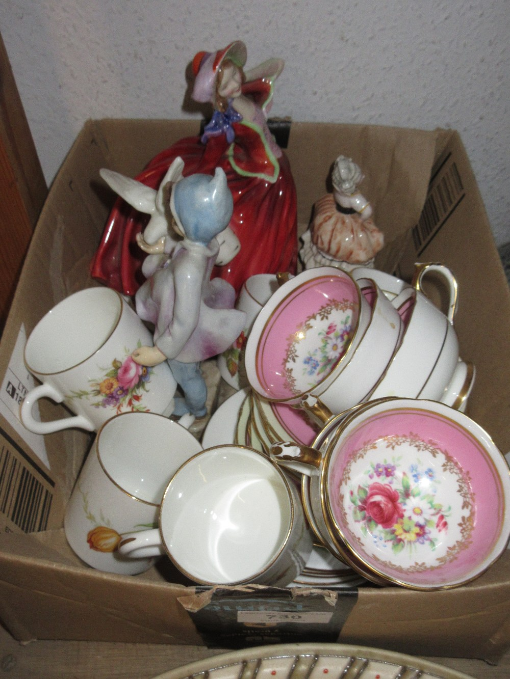 Lot 730 - Royal Worcester figure ' Fantails ' together with a Royal Doulton figure ' Autumn Breezes ', small