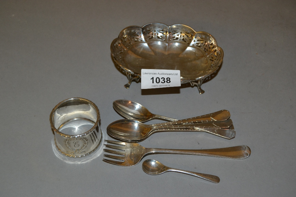 Lot 1038 - Sheffield silver oval pierced trinket dish on low supports, set of four coffee spoons, small
