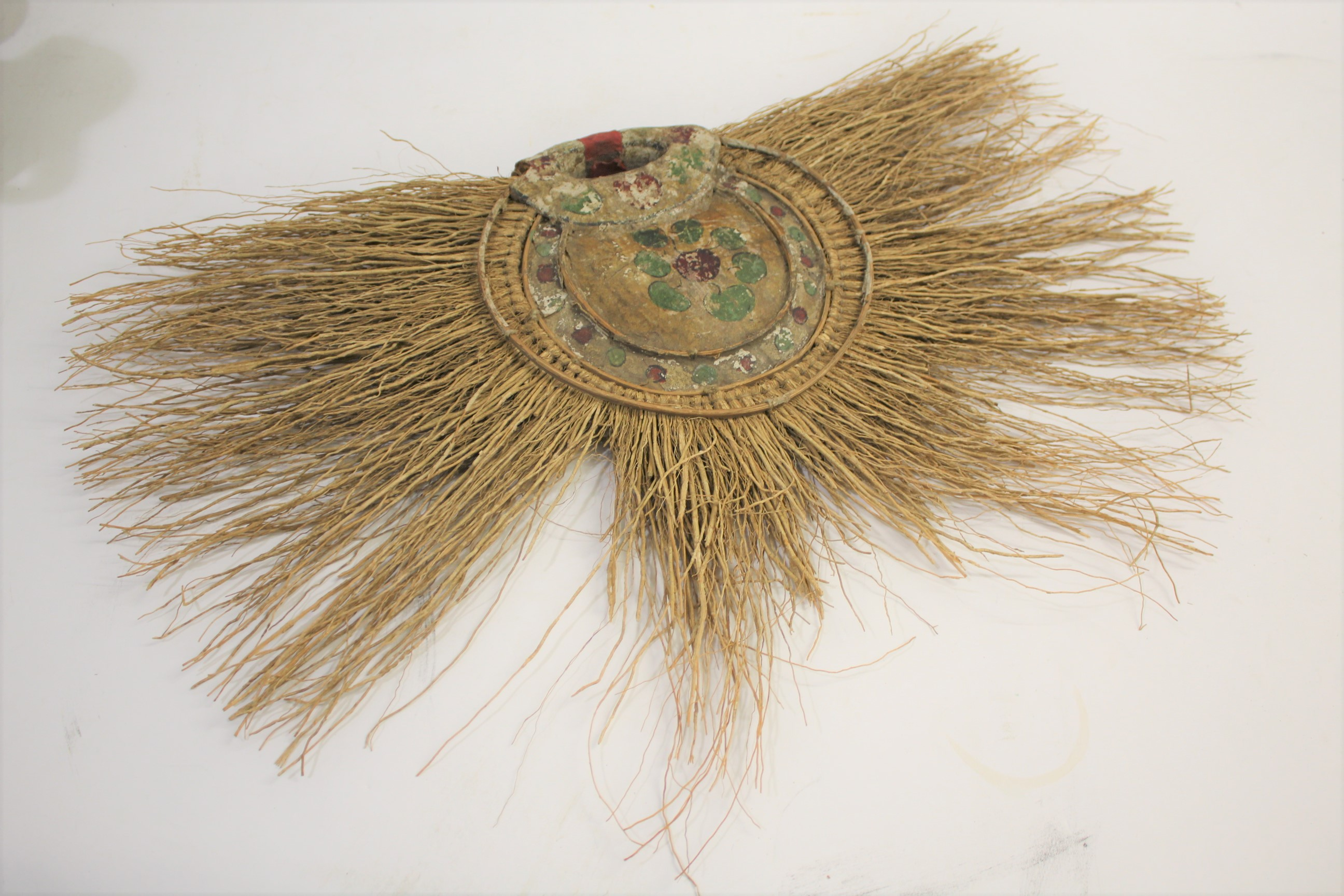Lot 1874 - VINTAGE FANS & PARASOLS including a tribal brushwood fan with hand painted decoration, a ostrich
