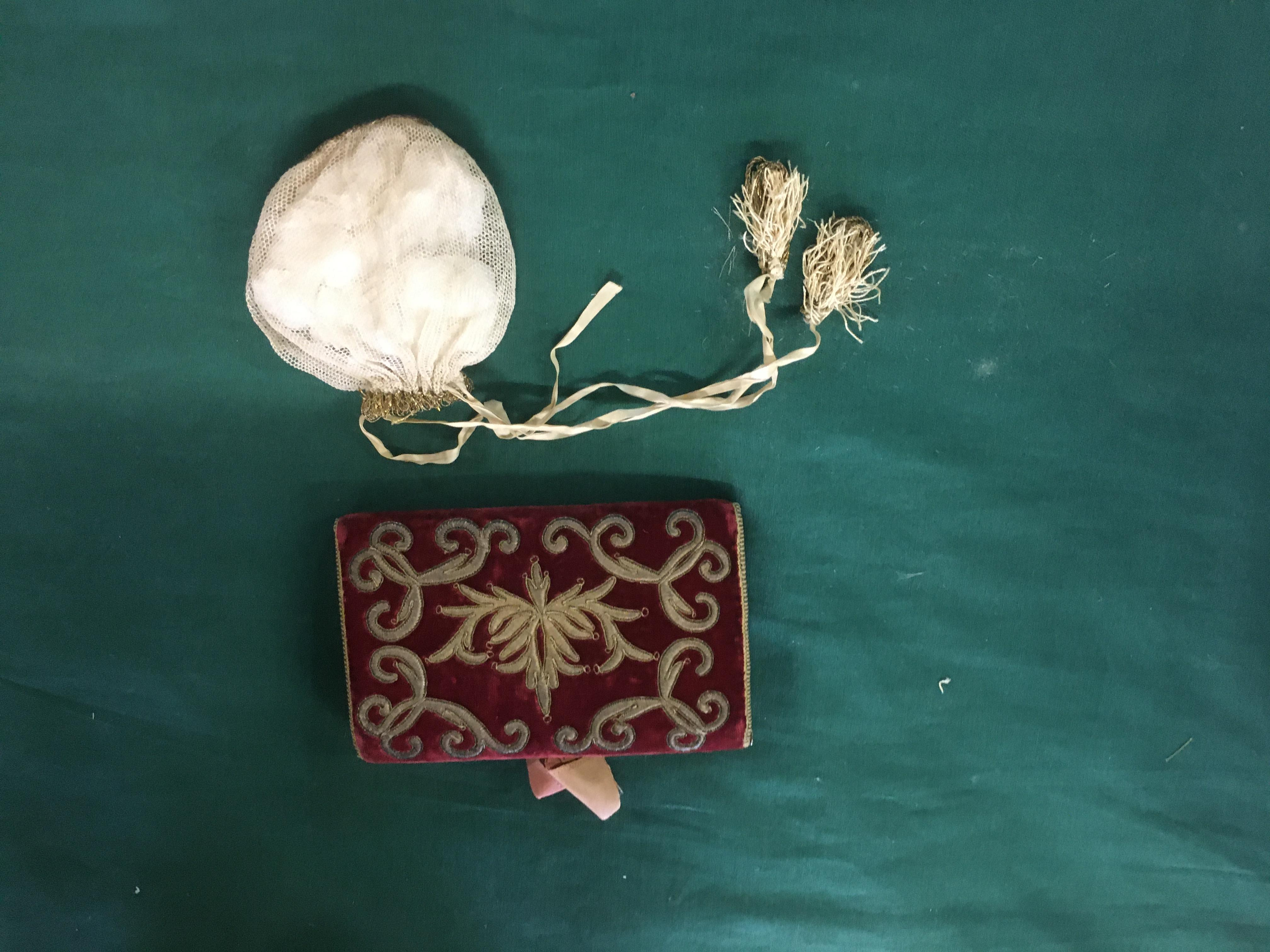 Lot 1864 - 18THC CARD CASE & VINTAGE PURSES a late 18thc dark red velvet card case with metallic thread