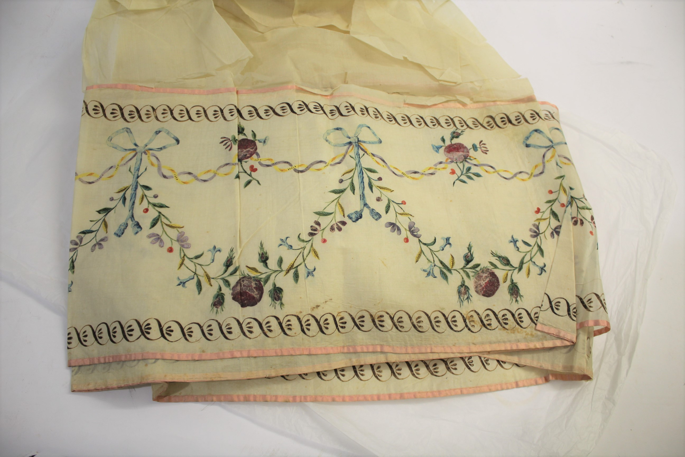 Lot 1872 - LATE 18THC/EARLY 19THC LENGTH OF SILK a fragile length of cream silk bordered with a hand painted