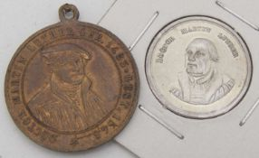 """Zwei Luther - Erinnerungs - Medaillen: 1 x 1817 """"Drittes Jubelfest der Reformation des 31. October"""