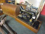 Lot 220 - Electric Singer sewing machine