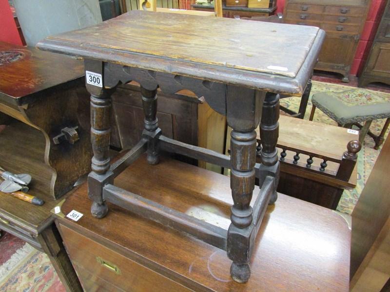 Lot 300 - Oak coffin stool