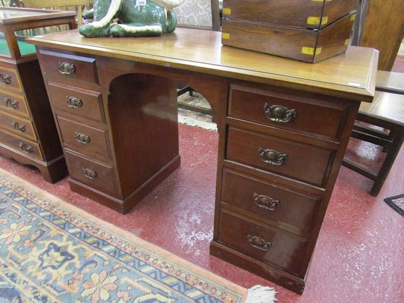 Lot 307 - Mahogany pedestal desk