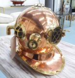 Lot 37 - DIVERS HELMET, copper and brass,