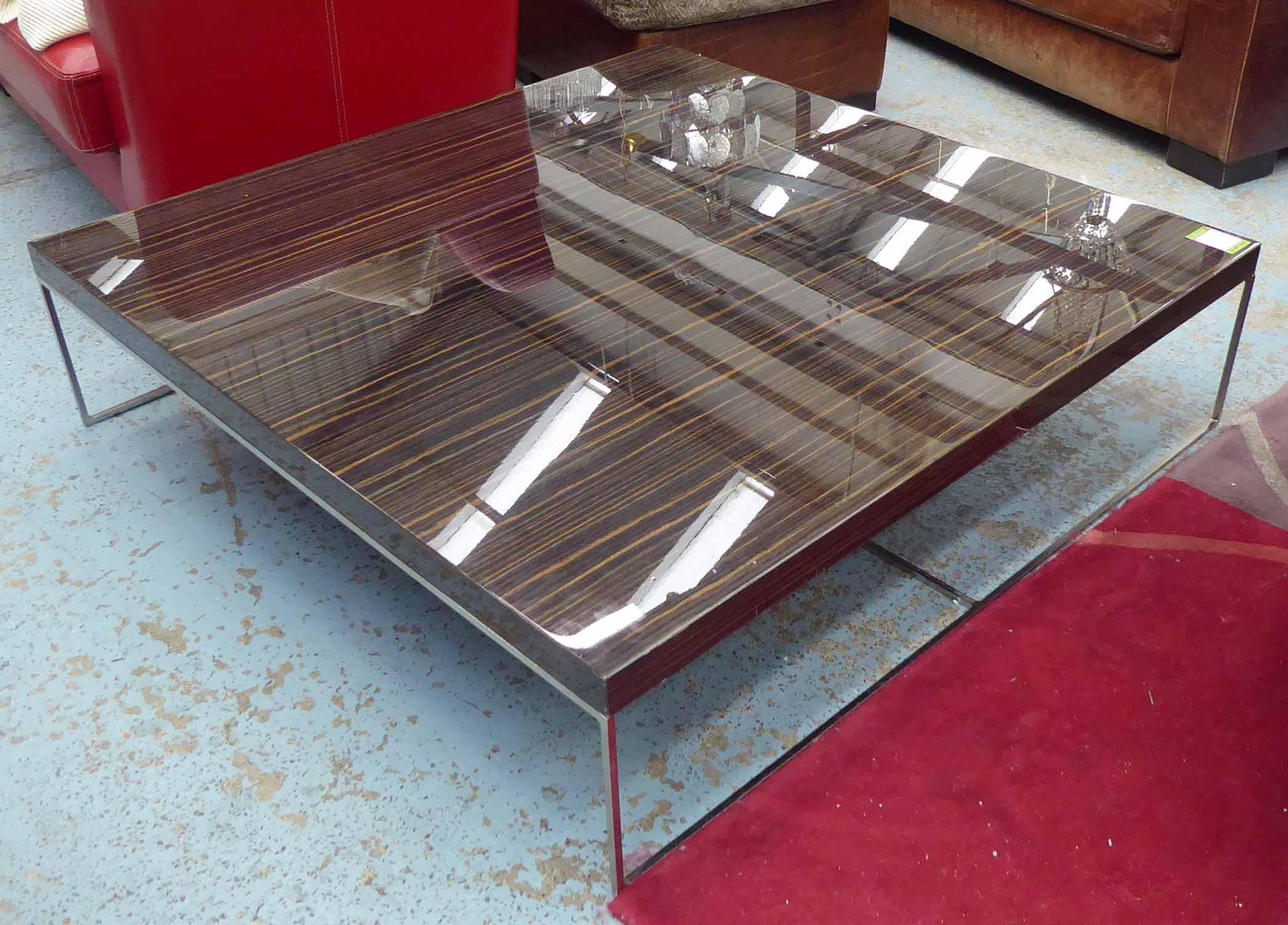 Lot 51 - MINOTTI CALDER LOW TABLE BY RODOLFO DORDONI, 120cm x 120cm x 30cm.