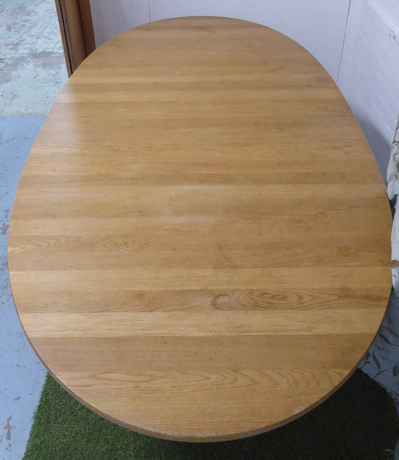 Lot 3 - CARL HANSEN & SON CH338 DINING TABLE, by Hans Wegner, extendable with three leaves,