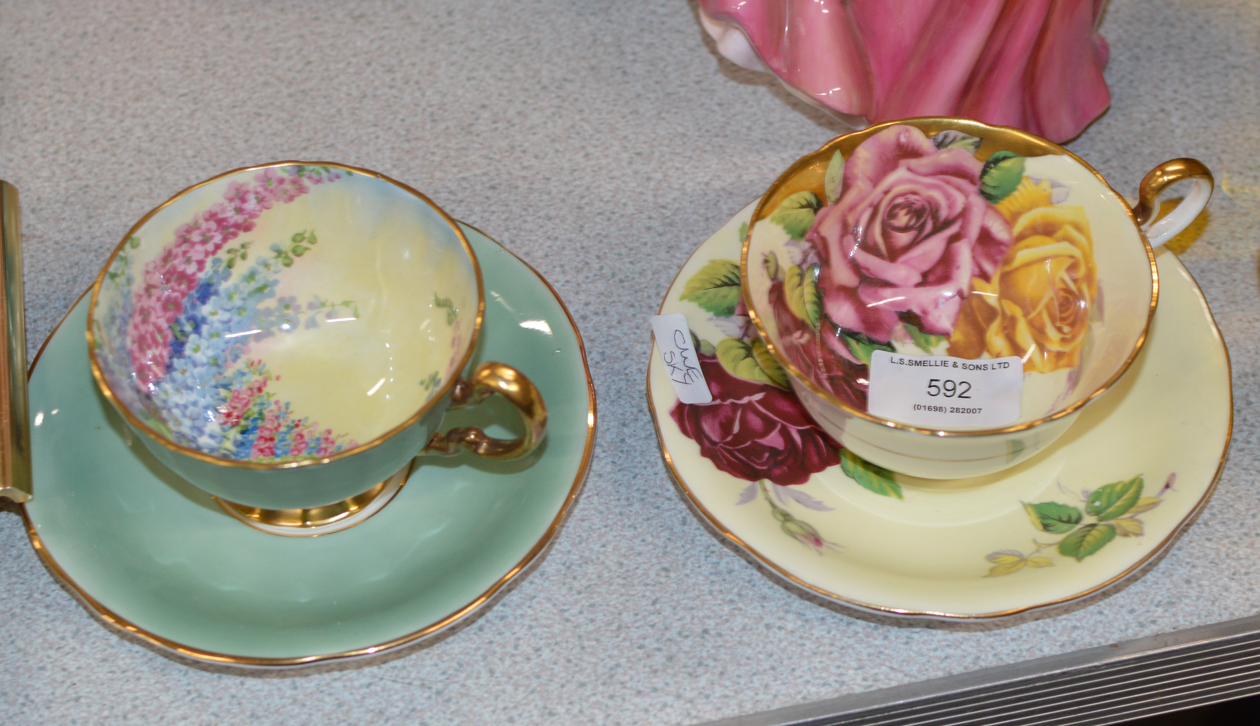 Lot 592 - 2 AYNSLEY CABINET CUP & SAUCER SETS