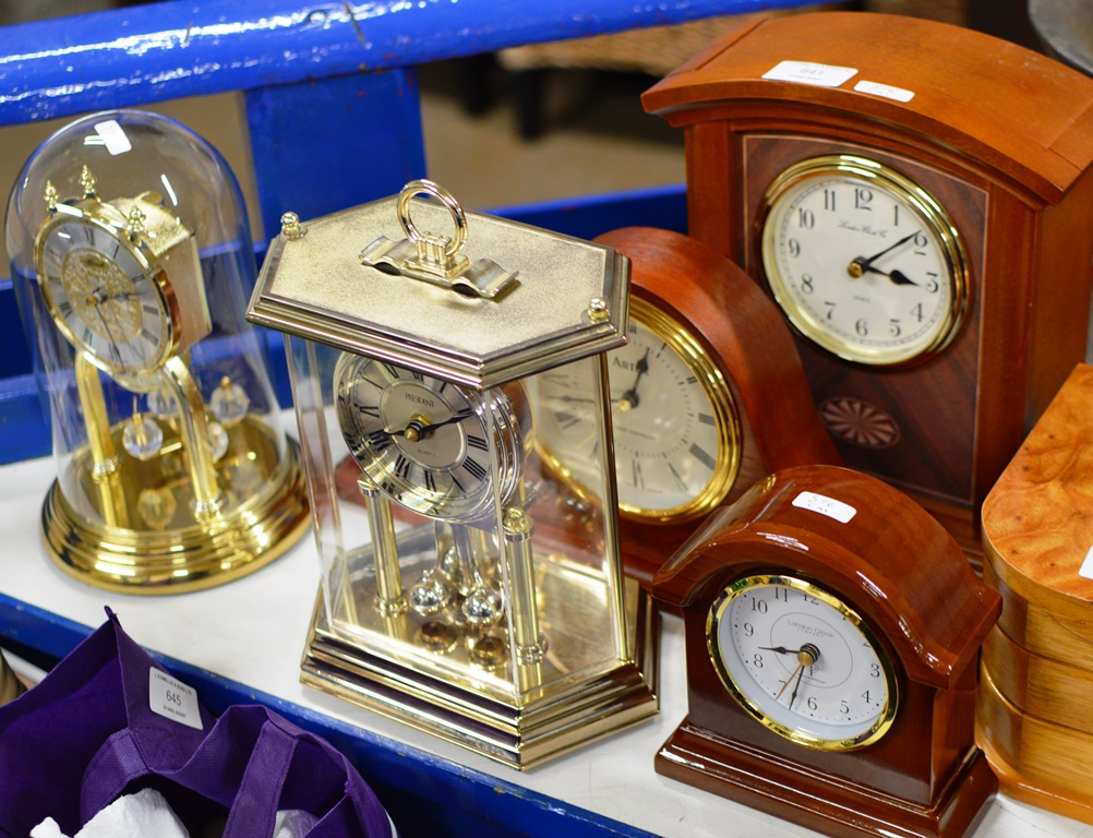 Lot 641 - 3 MANTLE CLOCKS, DOME CLOCK & ONE OTHER