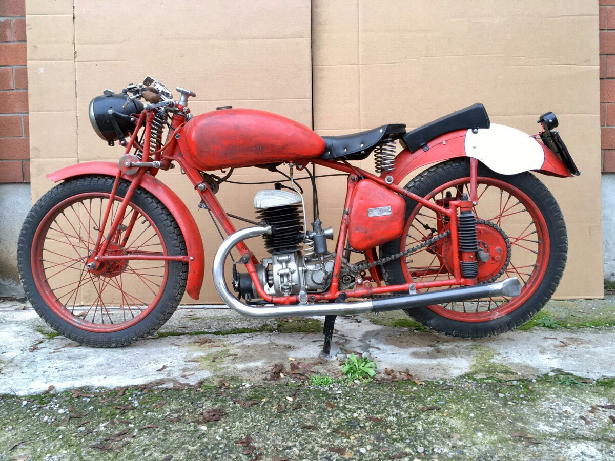 Lot 52 - PUCH 250 S4