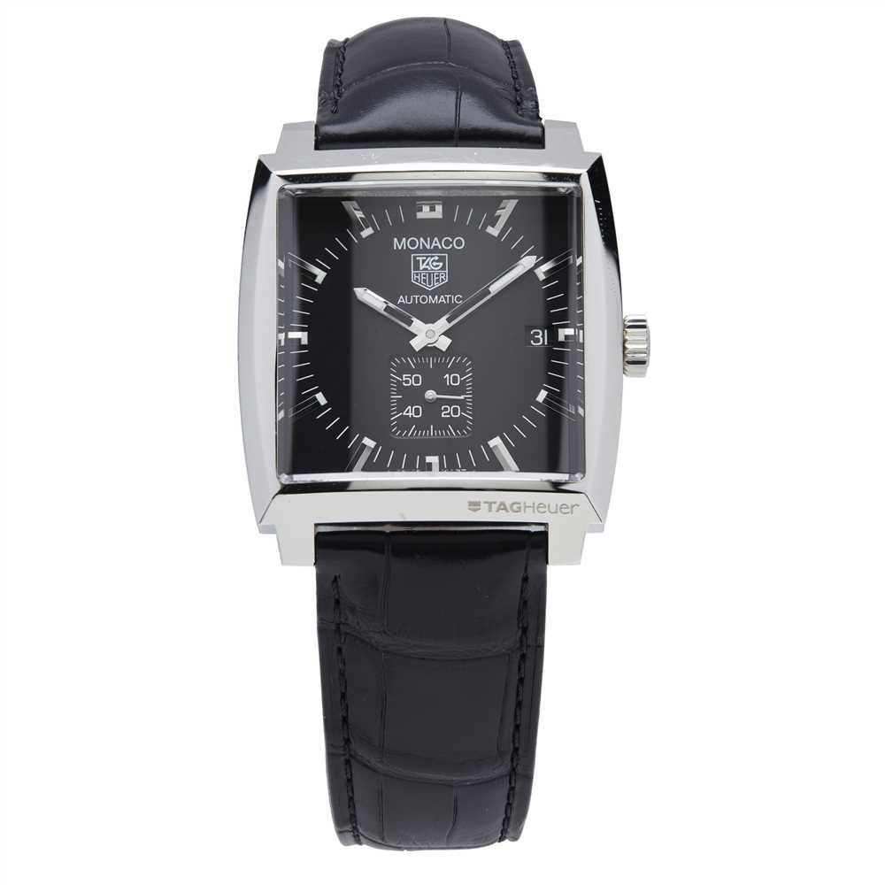 Lot 143 - A gentleman's stainless steel cased wristwatch, Tag Heuer