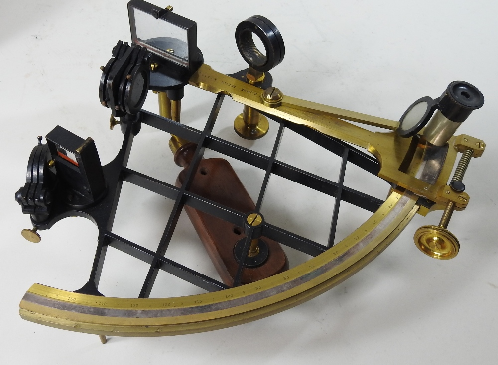 Lot 24 - An early 20th century German brass sextant, by R.
