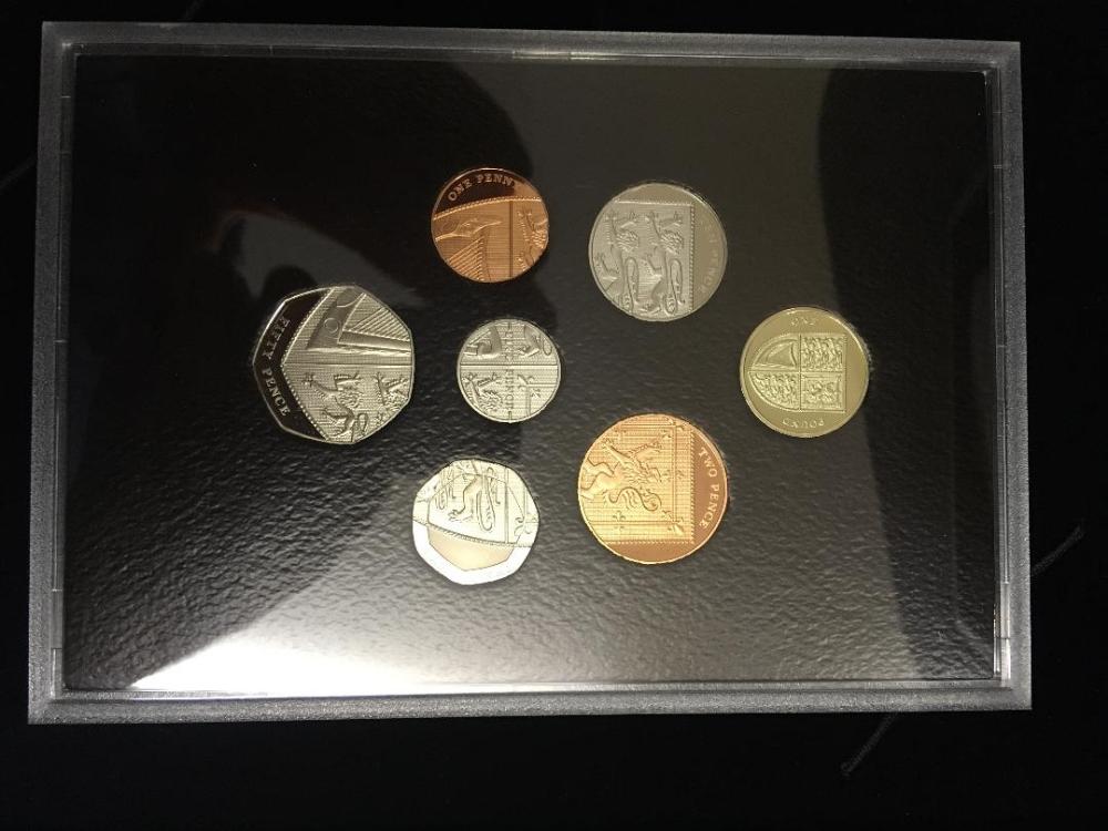 Lot 115 - COINS : 2008 UK Royal MInt proof coin se