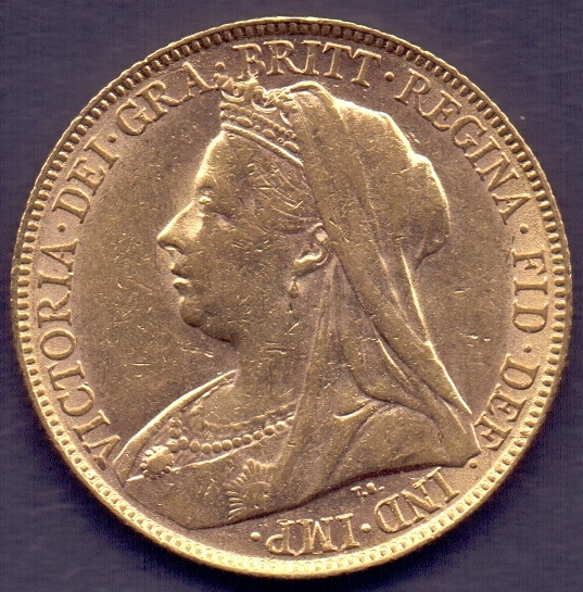Lot 172 - COINS : 1899 QV Gold Sovereign in fine c