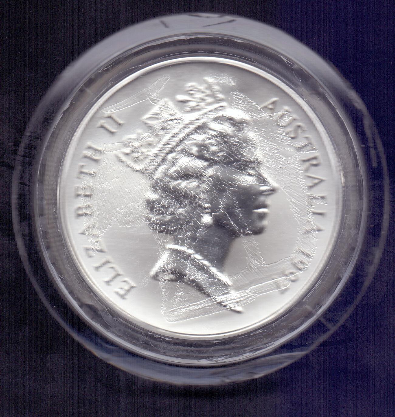 Lot 137 - COINS : Australia 1997 1oz Silver Kangar