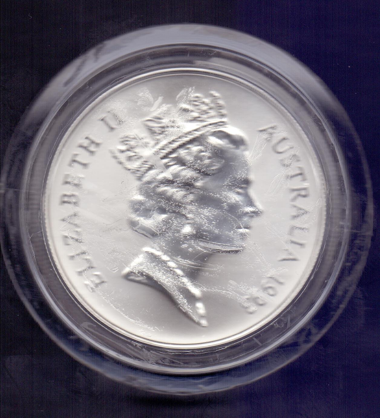 Lot 132 - COINS : Australia 1993 1oz Silver Kangar