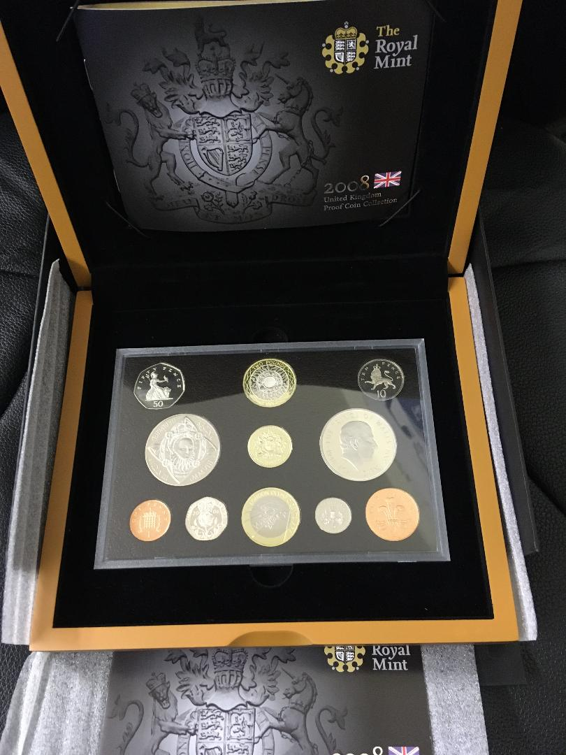Lot 114 - COINS : 2008 UK Proof set in special dis