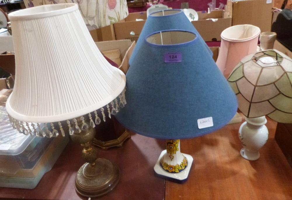Lot 124 - Six table lamps