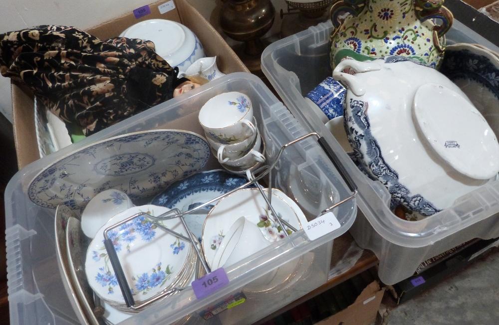 Lot 105 - A quantity of ceramics and sundries