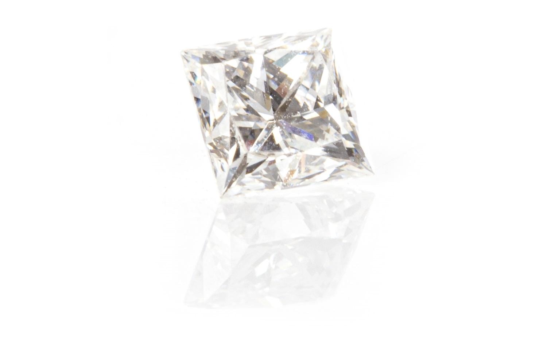 Lot 138 - AN UNMOUNTED DIAMOND