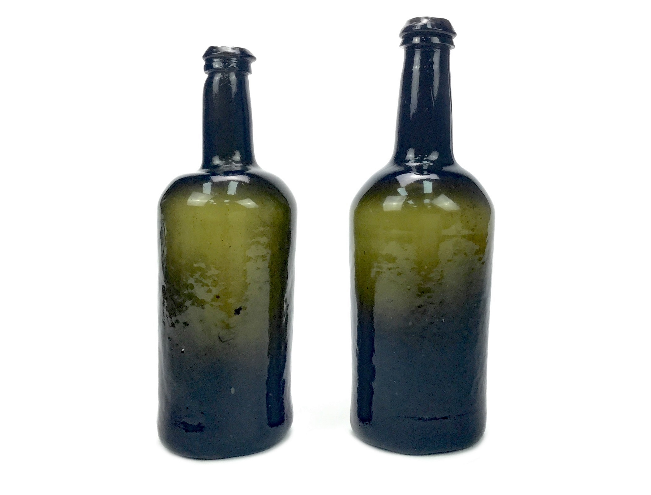 Lot 1253 - A LOT OF TWO 18TH CENTURY GLASS BOTTLE