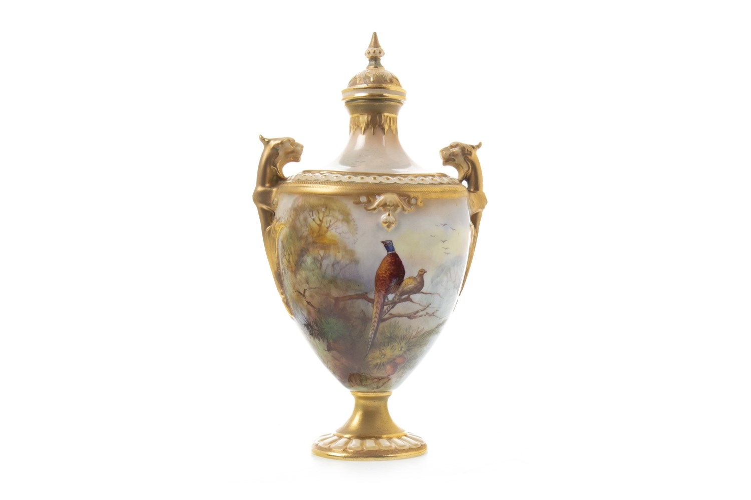 Lot 1275 - A ROYAL WORCESTER VASE AND COVER BY R AUSTIN