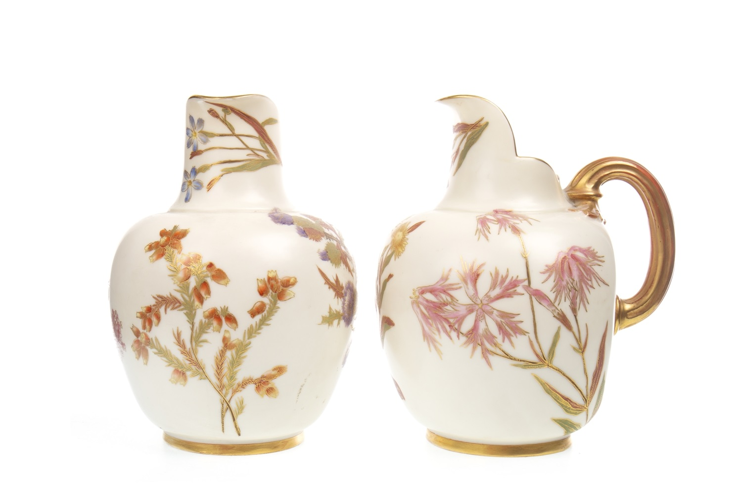 Lot 1280 - A PAIR OF ROYAL WORCESTER JUGS