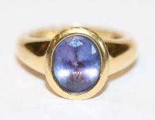 18 k Gelbgold Ring mit Tansanit ?, 5,8 gr., Gr. 50