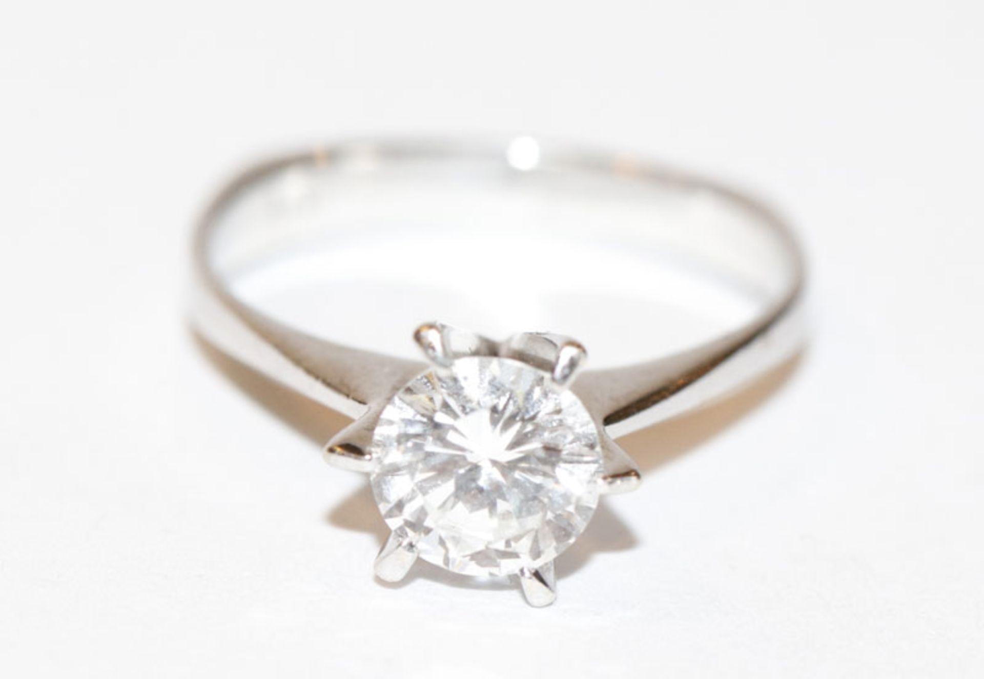14 k Weißgold Diamant-Solitärring, ca. 1,1 ct, w/tw, ev. Lupenrein, in klassischer Krabbenfassung,
