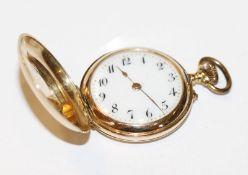 14 k Gelbgold Damen-Taschenuhr um 1900, fein graviertes Gehäuse, intakt, D 3 cm