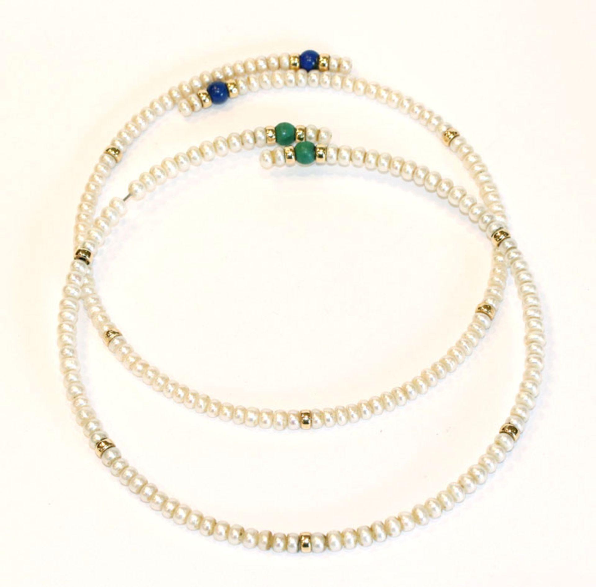 2 Perlen Halsreifen mit 14 k Gelbgold-Kugeln, Malachit- und Lapislazuli Perlen, D 10,5/12 cm