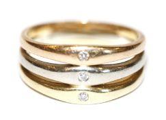 14 k Gelb,- Rosé- und Weißgold Ring und 3 kleinen Diamanten, 6,4 gr., Gr. 55