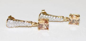 Paar dekorative Sterling Silber/vergoldete Ohrstecker mit Glassteinen, L 3 cm