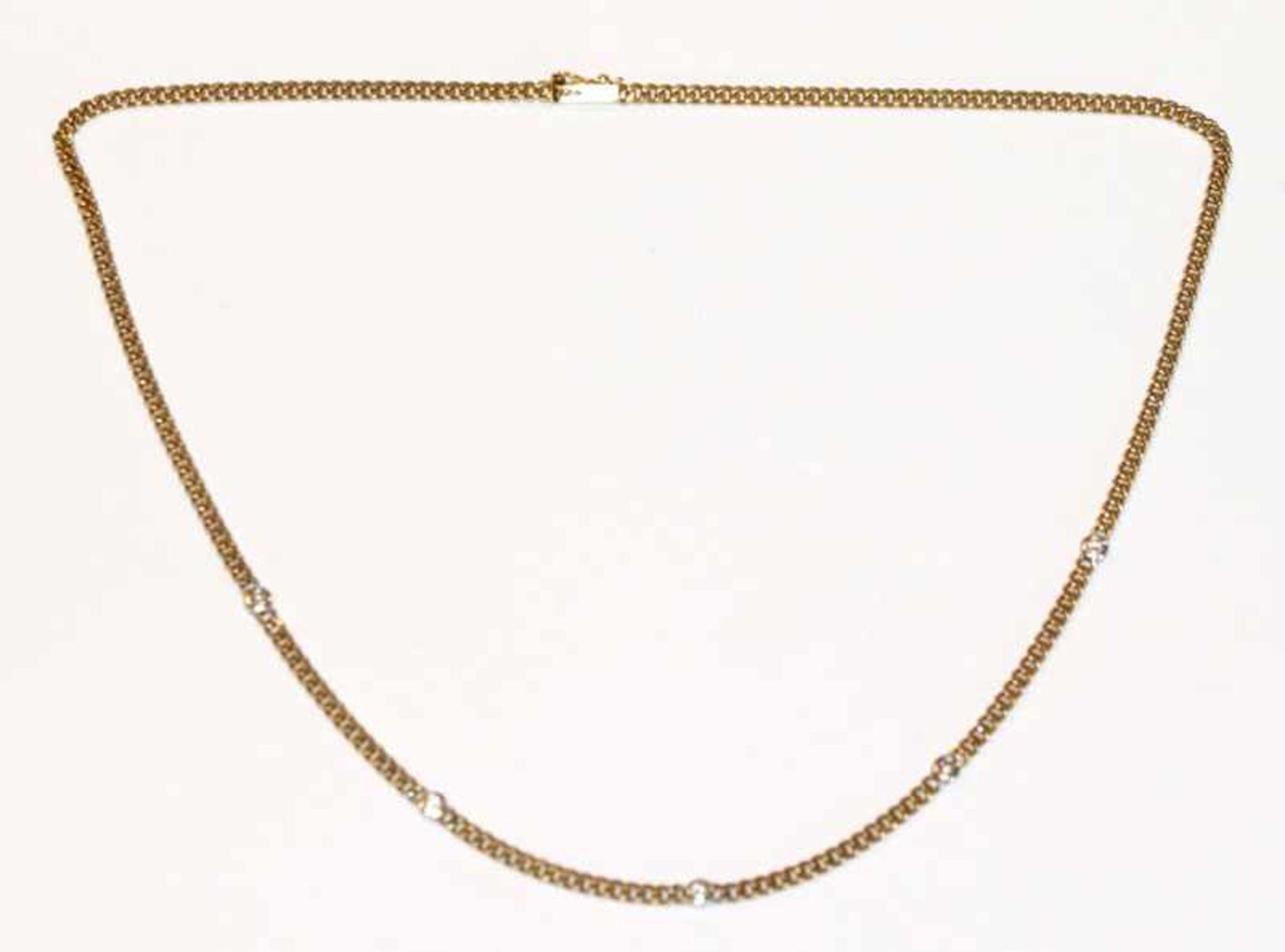 Los 36 - 14 k Gelbgold Flachpanzerkette mit 5 in Weißgold gefaßten Diamanten, 11,2 gr., L 40 cm