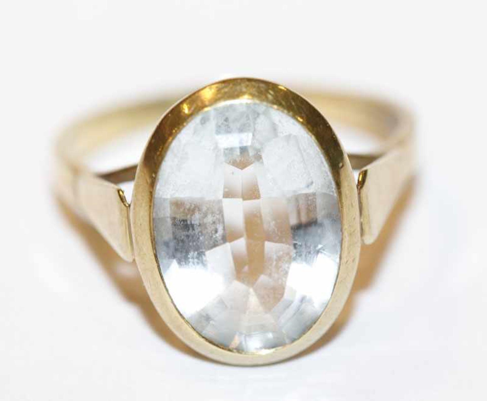 Los 46 - 14 k Gelbgold Ring mit Aquamarin, 4,5 gr., Gr. 57