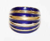 18 k Gelbgold Ring mit blauem Emaildekor, Gr. 54, 9,2 gr., ausgefallene Handarbeit, passend zu Lot