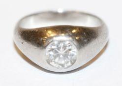 Platin Ring mit Diamant, ca. 0,70 ct., wess. Si, Gr. 47