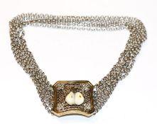 Silber Kropfkette, 6-reihig, Schließe vergoldet mit Grandeln und plastischem Eichenlaub, schöne